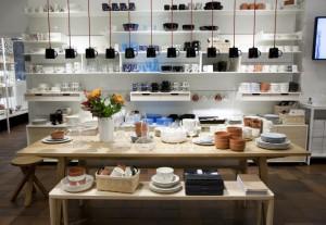 Iittala-flagship-store-by-Pentagon-Design-Helsinki-Finland-02